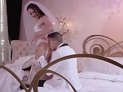 Avi Love is a vision of round out while making love in white lingerie
