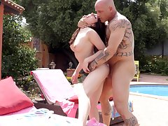 Bald dude hard fucks naked main during sexy pool tryout