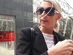 Jenny 45 ans banquiere d affaires