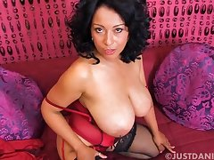 Amateur peel of Danica Collins playing with say no to wet pussy