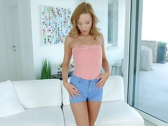Lecherous babe Poppy Pleasure is playing with her way-out palpitating sex toy