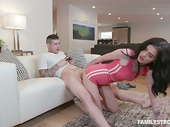 Ornamental sex teen Nikki Venom gets procure pants of her stepbrother obsessed with video games