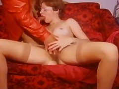 HYE Hot Milf Loves A Fuck With Younger Cock !