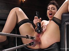 Lambent fucking machine solo by Lilith Luxe