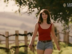 Extravagant curvy beauty named Gemma Arterton and some nude scenes to enjoy